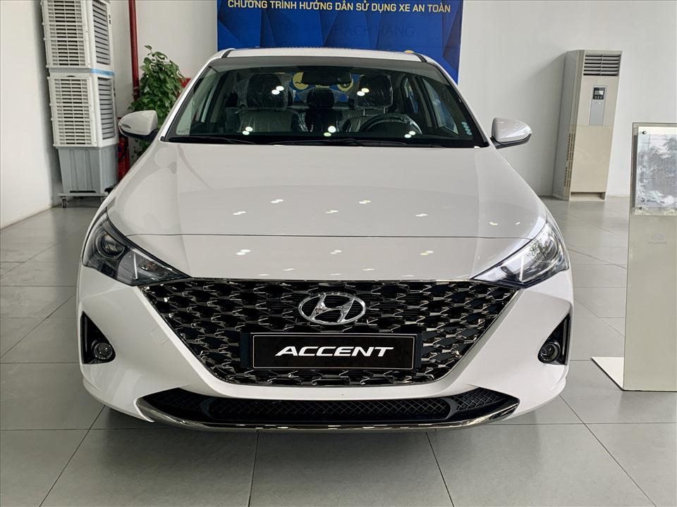 Thiết kế hút khách Việt, Hyundai Accent so kè cực gắt Toyota Vios - Ảnh 4.