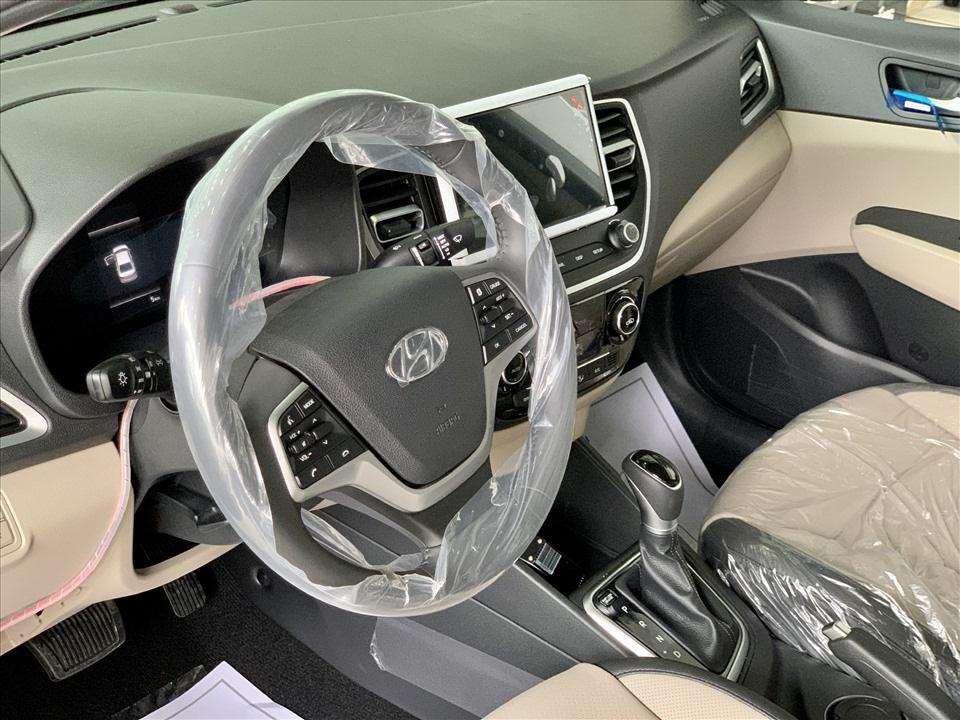 Thiết kế hút khách Việt, Hyundai Accent so kè cực gắt Toyota Vios - Ảnh 12.