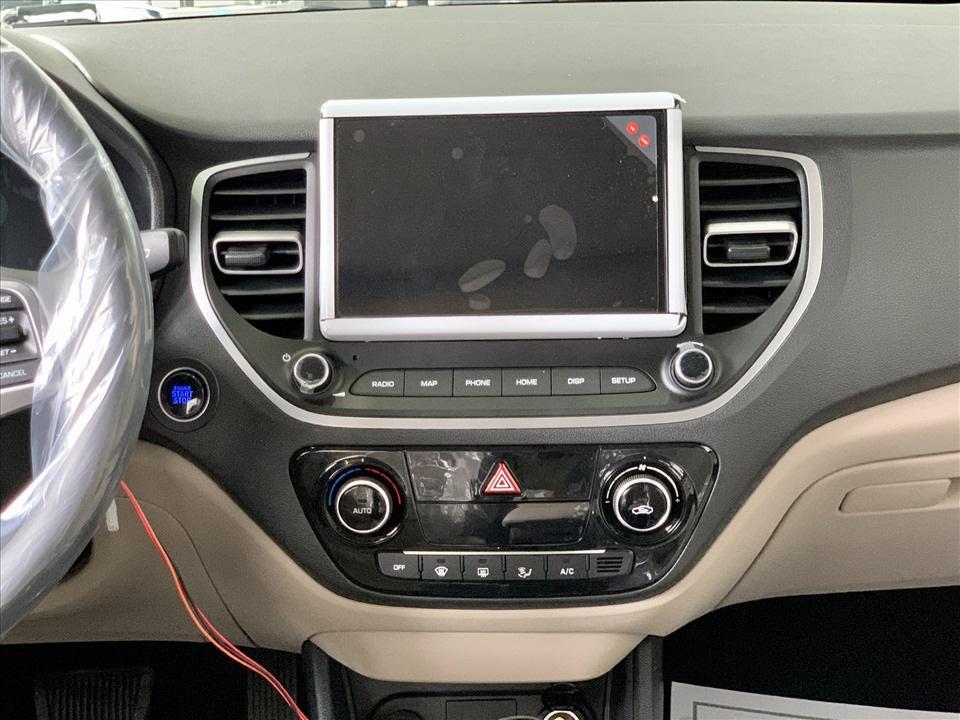Thiết kế hút khách Việt, Hyundai Accent so kè cực gắt Toyota Vios - Ảnh 13.