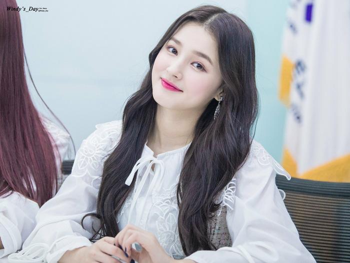 Nancy (Momoland) ca sĩ Hàn Quốc bị phát tán ảnh nhạy cảm tại AAA Việt Nam xinh đẹp đến cỡ nào? - Ảnh 7.