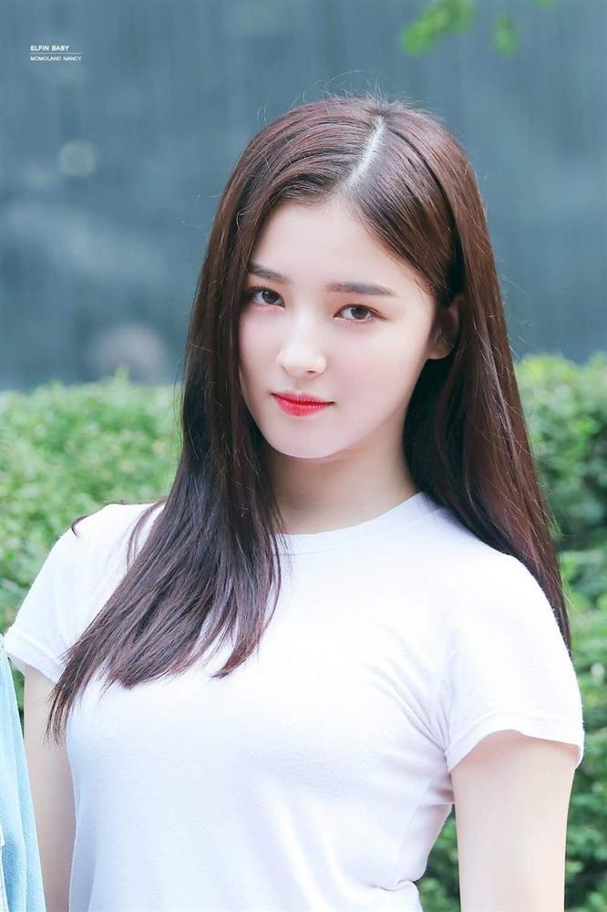 Nancy (Momoland) ca sĩ Hàn Quốc bị phát tán ảnh nhạy cảm tại AAA Việt Nam xinh đẹp đến cỡ nào? - Ảnh 10.