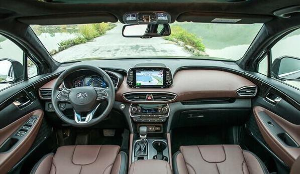 Phân khúc 1 tỷ đồng, chủ xe Hyundai SantaFe đánh giá khó tin - Ảnh 12.