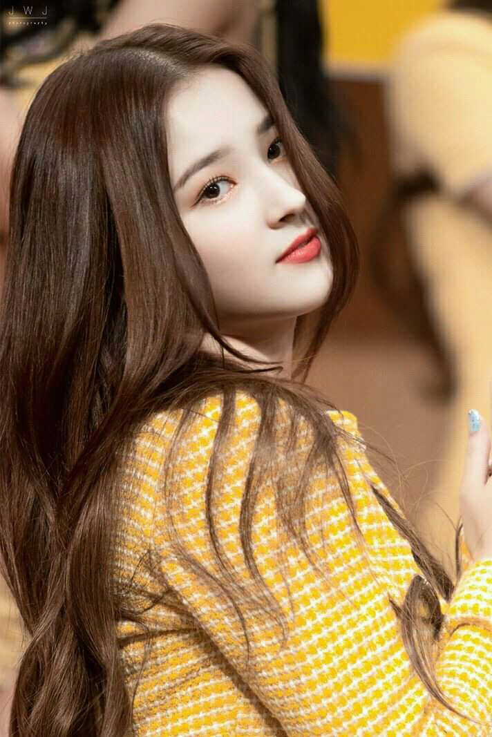 Nancy (Momoland) ca sĩ Hàn Quốc bị phát tán ảnh nhạy cảm tại AAA Việt Nam xinh đẹp đến cỡ nào? - Ảnh 15.