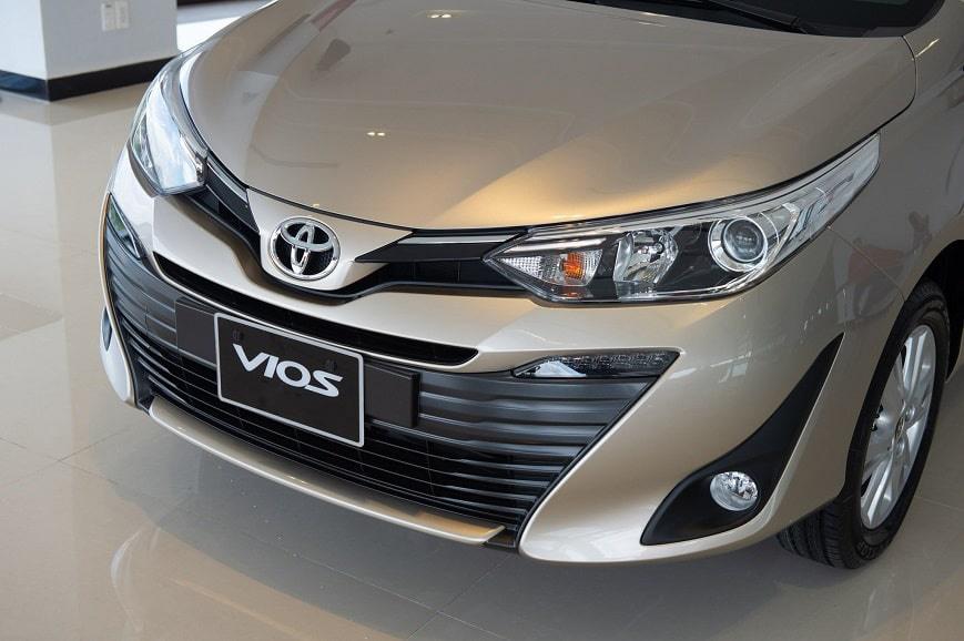 Thiết kế hút khách Việt, Hyundai Accent so kè cực gắt Toyota Vios - Ảnh 8.