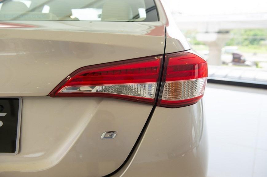 Thiết kế hút khách Việt, Hyundai Accent so kè cực gắt Toyota Vios - Ảnh 9.