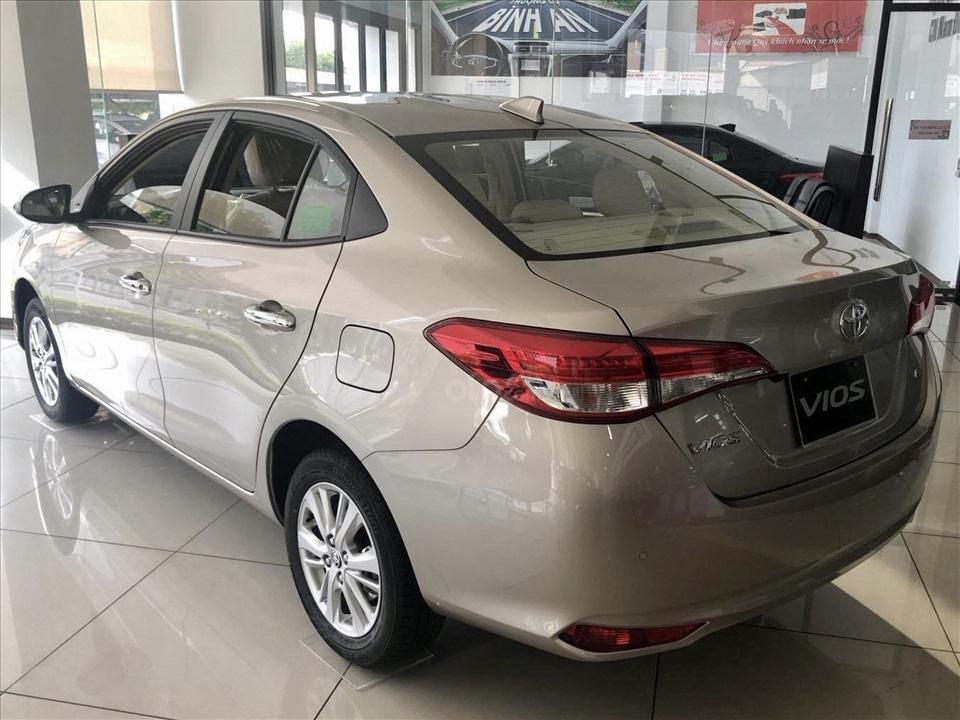 Thiết kế hút khách Việt, Hyundai Accent so kè cực gắt Toyota Vios - Ảnh 10.