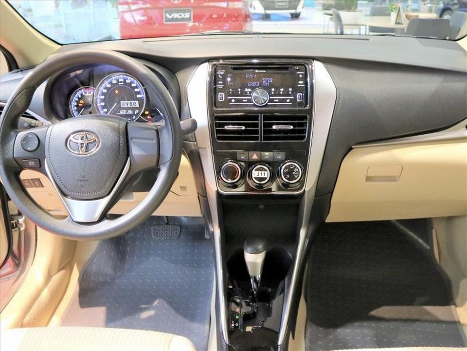 Thiết kế hút khách Việt, Hyundai Accent so kè cực gắt Toyota Vios - Ảnh 15.