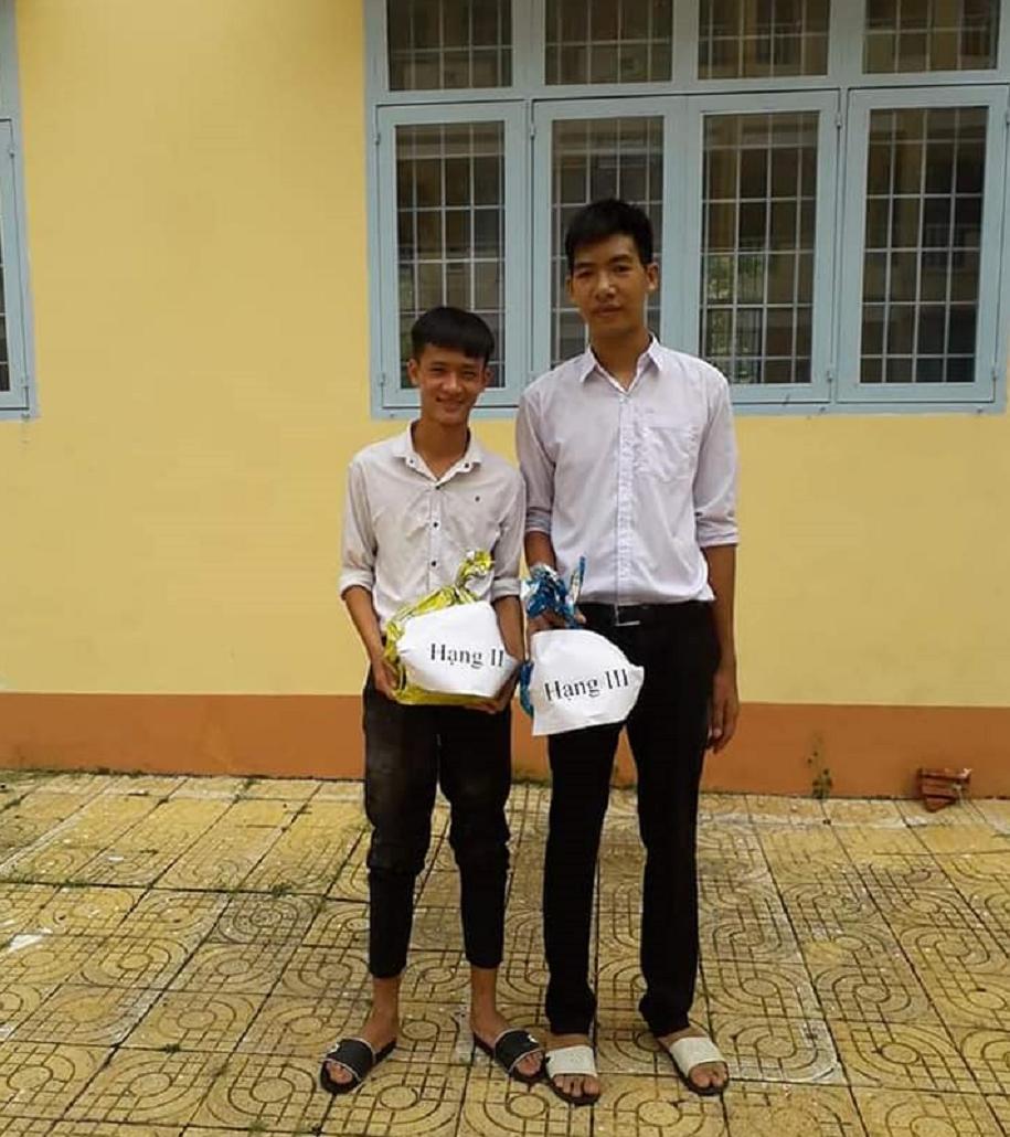 VĐV bóng chuyền Việt Nam 19 tuổi cao 2m10: Bị bạn bè trêu vì... quá cao - Ảnh 6.