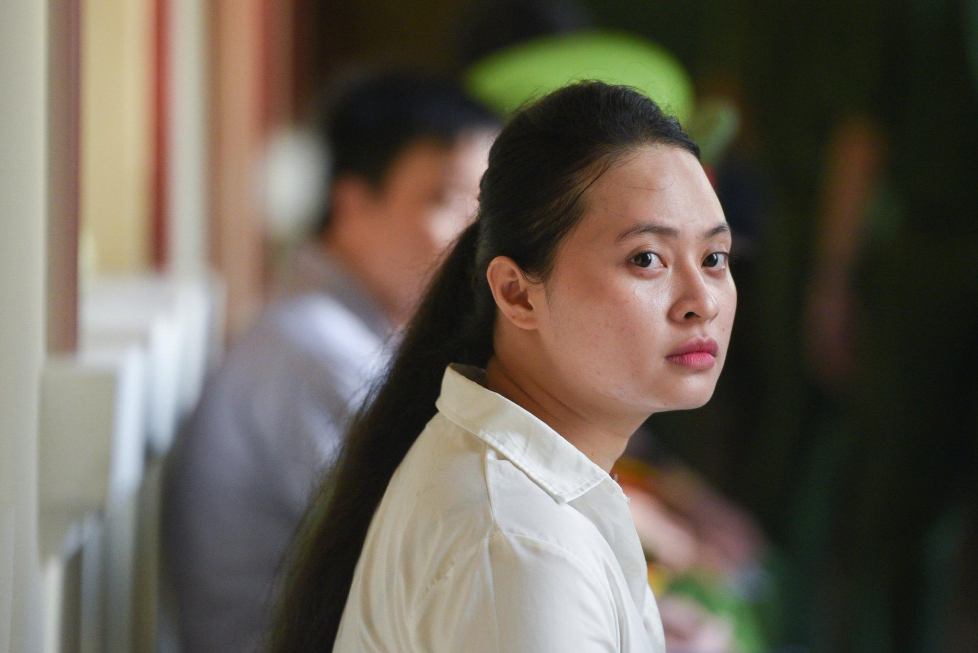 Văn Kính Dương, Ngọc Miu hầu tòa - Ảnh 1.