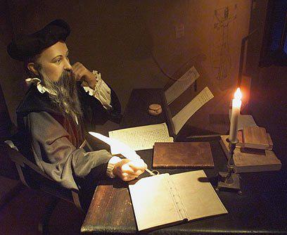 500 lời tiên tri đúng đến kinh hãi của nhà tiên tri Nostradamus - Ảnh 3.