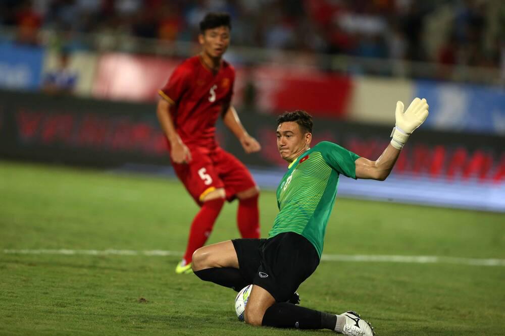 Vì sao đội bóng Thái Lan muốn kiện thủ môn Đặng Văn Lâm? - Ảnh 1.