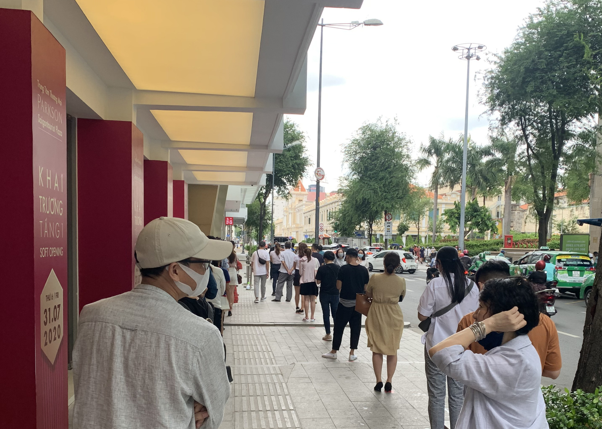 Xây dựng TP HCM thành trung tâm mua sắm của khu vực - Ảnh 1.