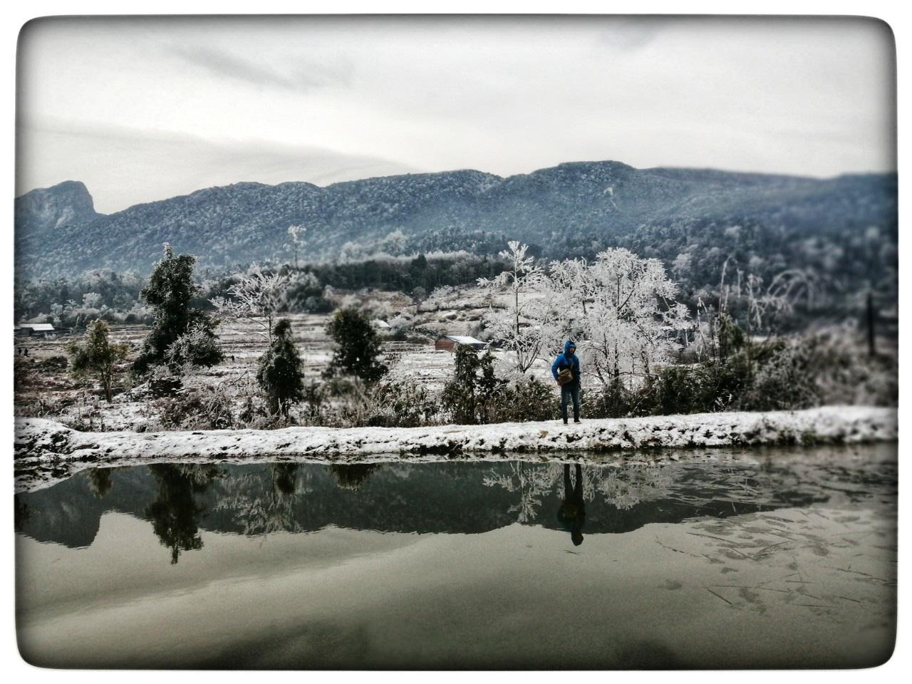 Lào Cai: Lạnh -3 độ C, Y Tý ngày tuyết rơi như chiếc tủ lạnh khổng lồ, đẹp như trời Âu - Ảnh 12.