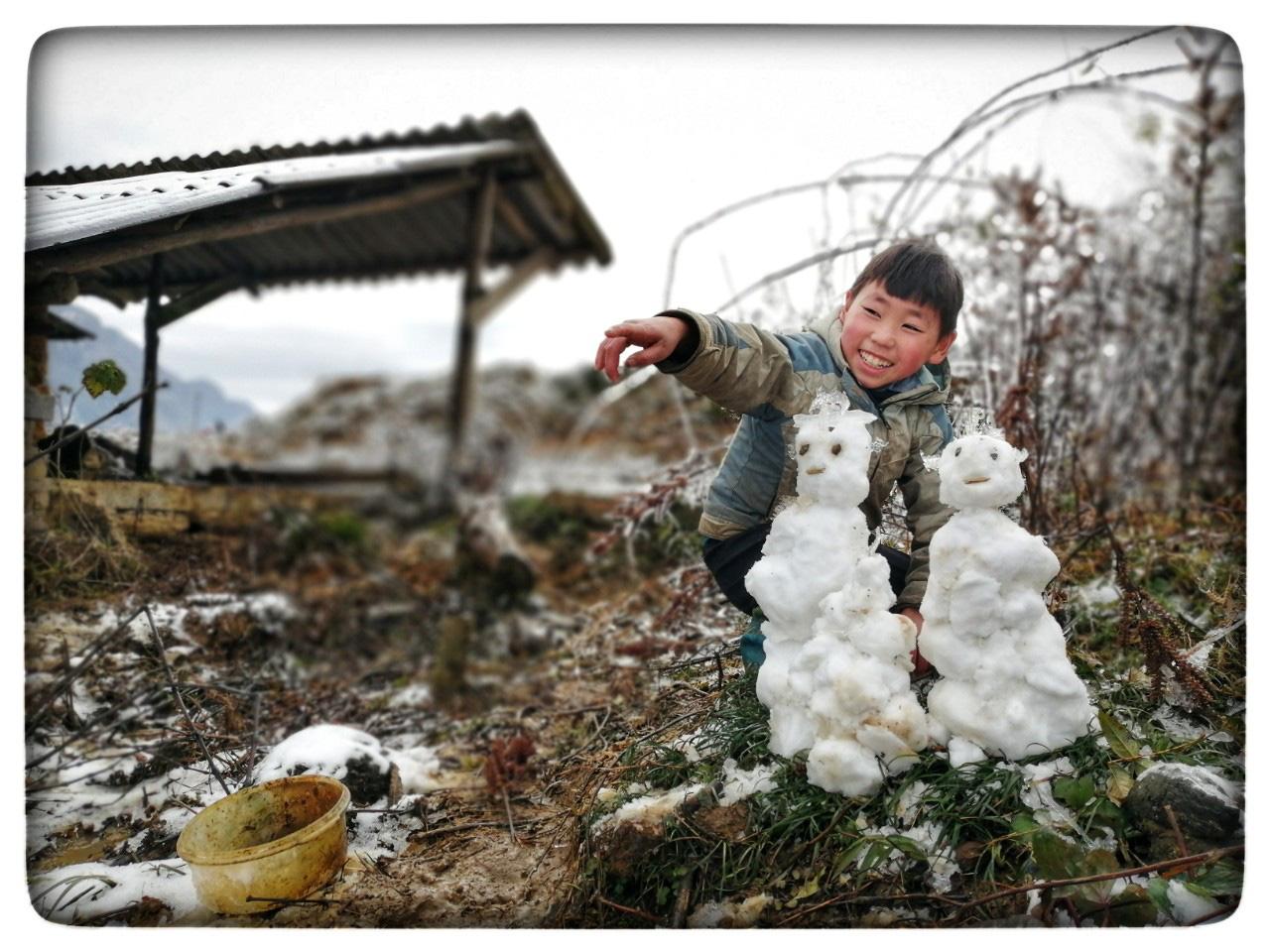 Lào Cai: Lạnh -3 độ C, Y Tý ngày tuyết rơi như chiếc tủ lạnh khổng lồ, đẹp như trời Âu - Ảnh 18.