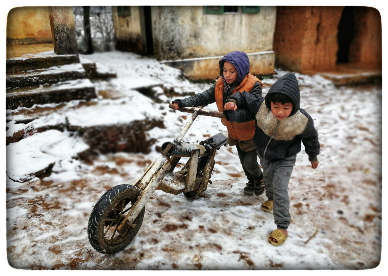 Lào Cai: Lạnh -3 độ C, Y Tý ngày tuyết rơi như chiếc tủ lạnh khổng lồ, đẹp như trời Âu - Ảnh 8.