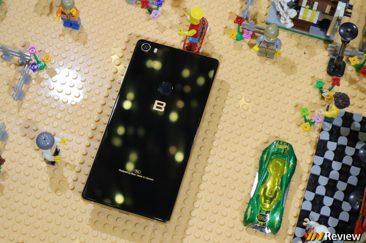 """Điện thoại Bphone này của CEO Nguyễn Tử Quảng """"nâng tầm khủng"""" - Ảnh 3."""