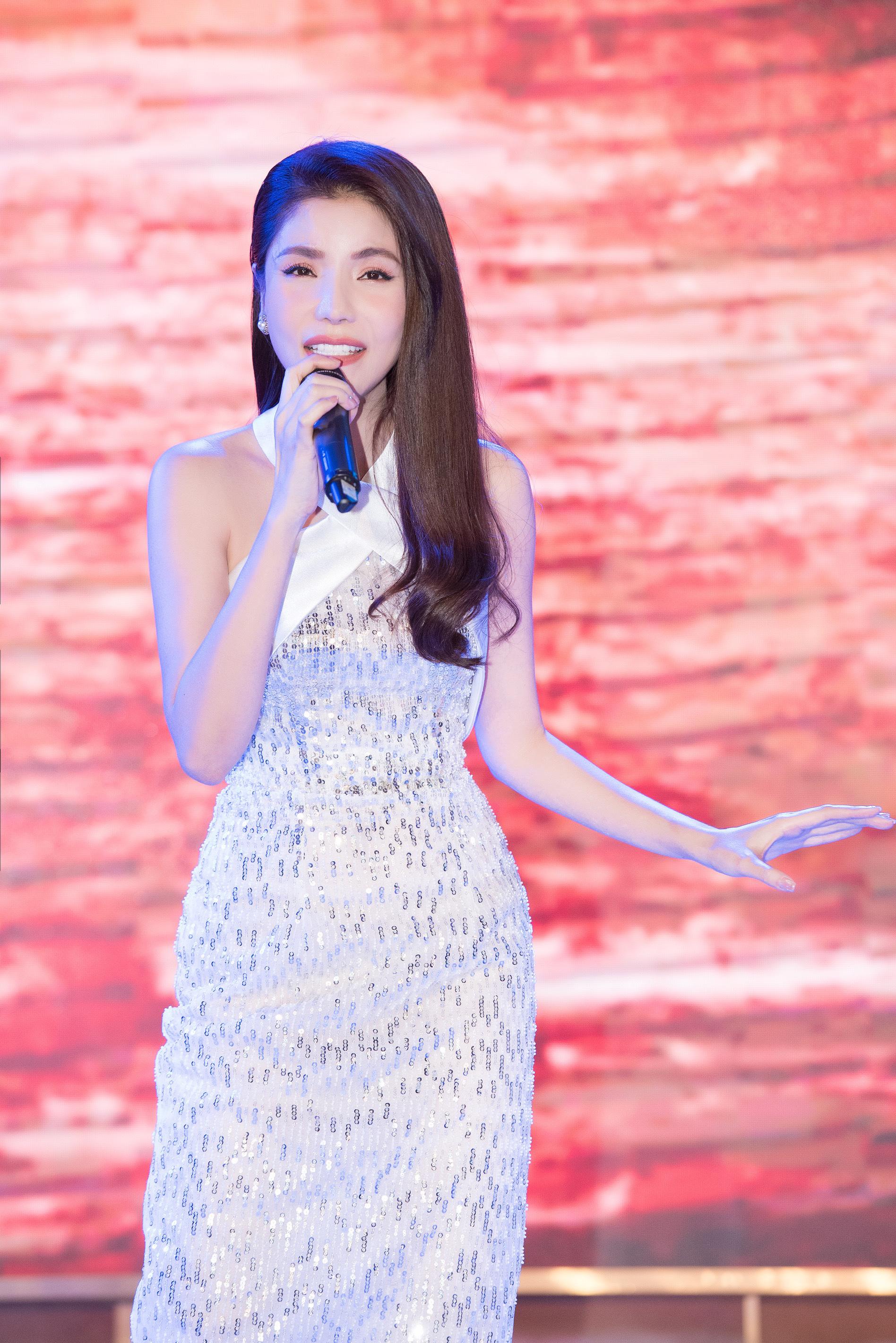 Quang Hà học Kiwi Ngô Mai Trang cách hát nhẹ nhàng tình cảm - Ảnh 4.