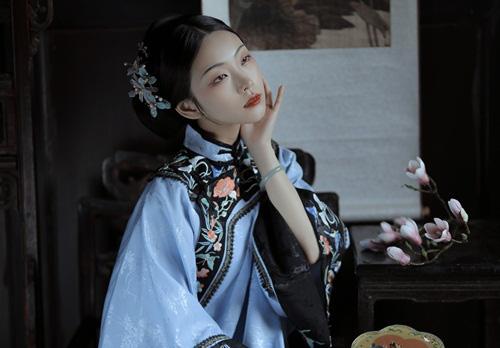 Vị nữ Trạng Nguyên vừa đẹp vừa giỏi sau cùng biến thành đồ chơi cho đàn ông - Ảnh 2.