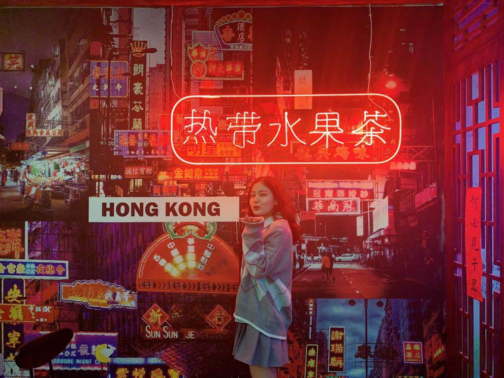Hong Kong ủng hộ Trung Quốc trả đũa Mỹ - Ảnh 1.