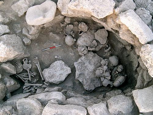 Bí ẩn phong tục tàn bạo thời đồ đá - Ảnh 1.