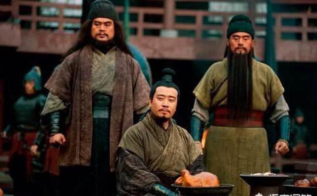 Sau khi Gia Cát Lượng qua đời, nhờ đâu mà Thục Hán vẫn duy trì được thêm 30 năm nữa? - Ảnh 1.