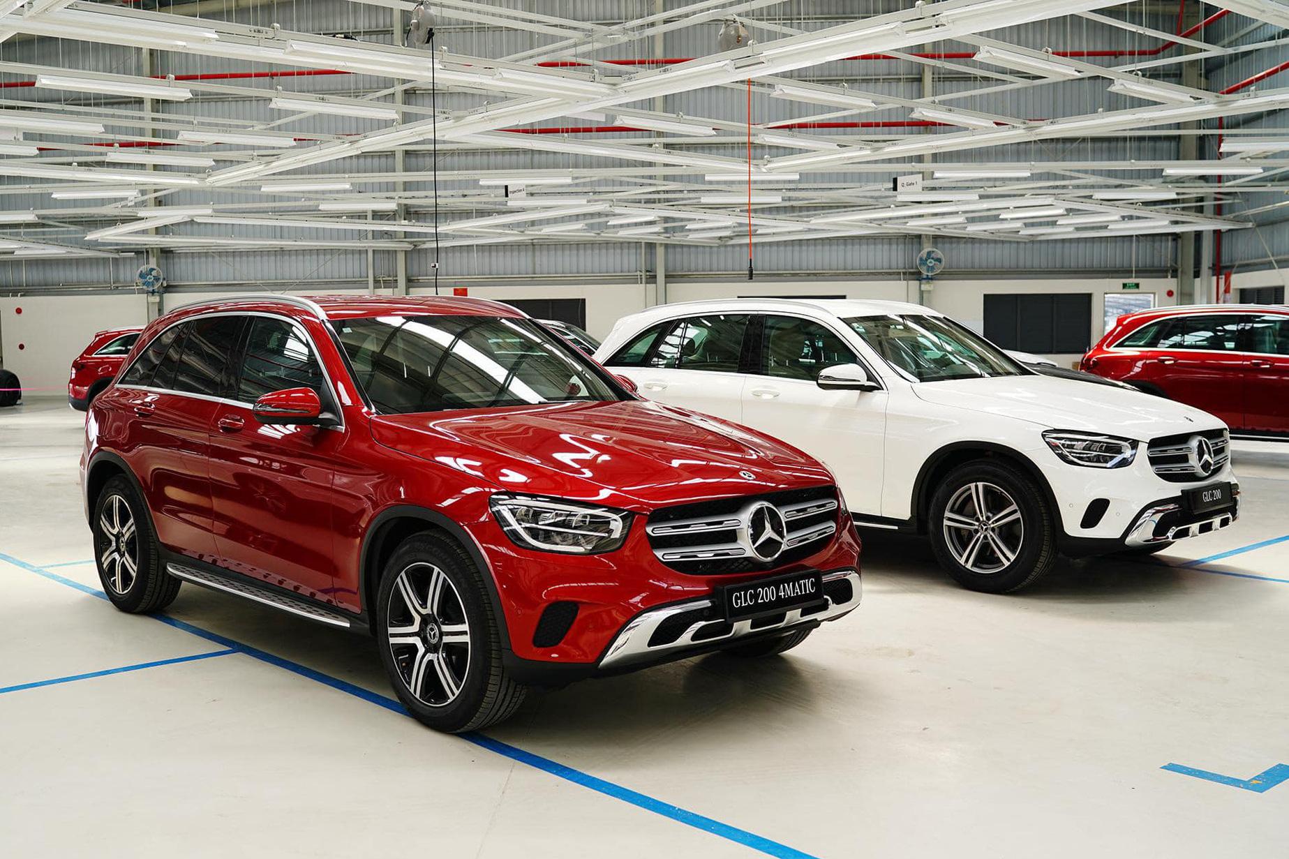 Người dùng phản ánh Mercedes-Benz GLC 300 cắt trang bị an toàn nhưng giá vẫn tăng 100 triệu đồng - Ảnh 4.