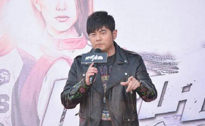 """Fan tá hỏa với """"nhan sắc"""" của Châu Kiệt Luân - Ảnh 3."""