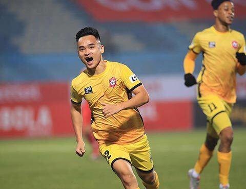 Những gương mặt ấn tượng nhất vòng 1- V.League 2021: Có bom tấn của Nam Định - Ảnh 2.