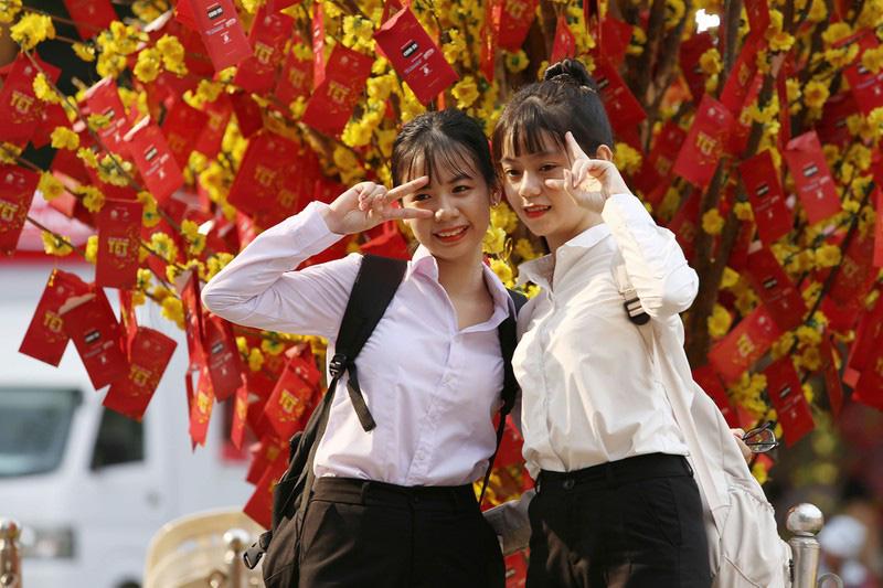 Đường hoa Nguyễn Huệ, Lễ hội Tết Việt tại TP.HCM khi nào mở cửa? - Ảnh 1.