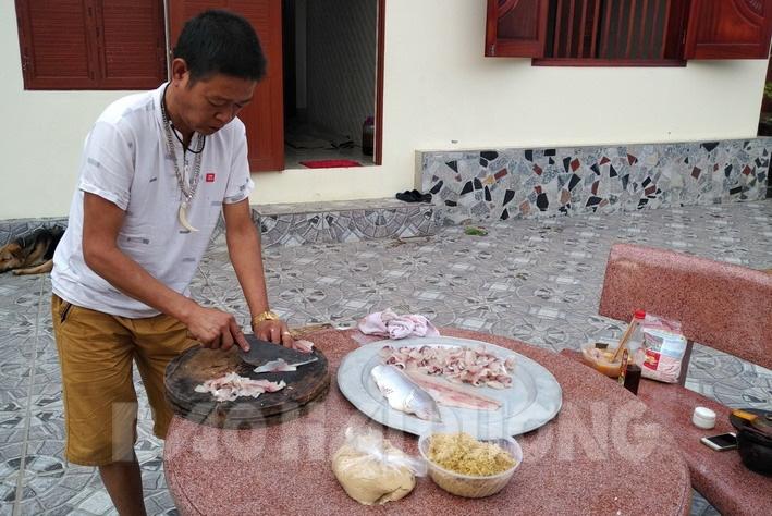 Hải Dương: Gỏi cá mè ranh, nghe đã tanh nhanh, nhưng để dân làng Phượng Hoàng làm thì lại thơm phức - Ảnh 2.