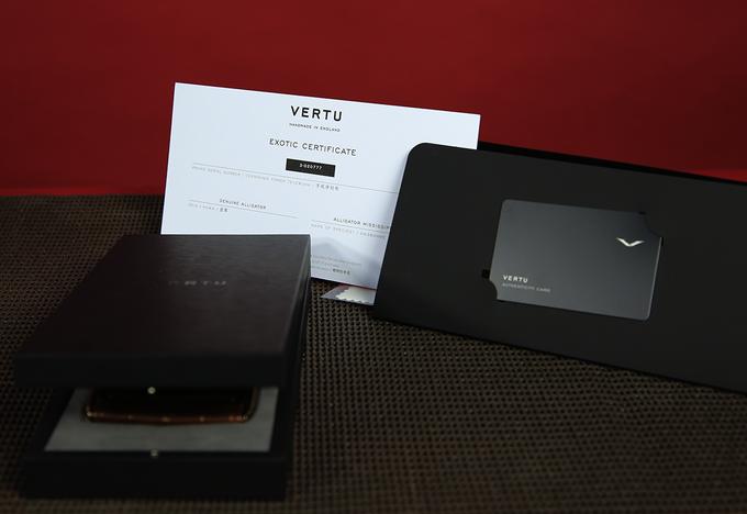 Chiếc điện thoại Vertu độc nhất thế giới về tay đại gia Việt  - Ảnh 10.