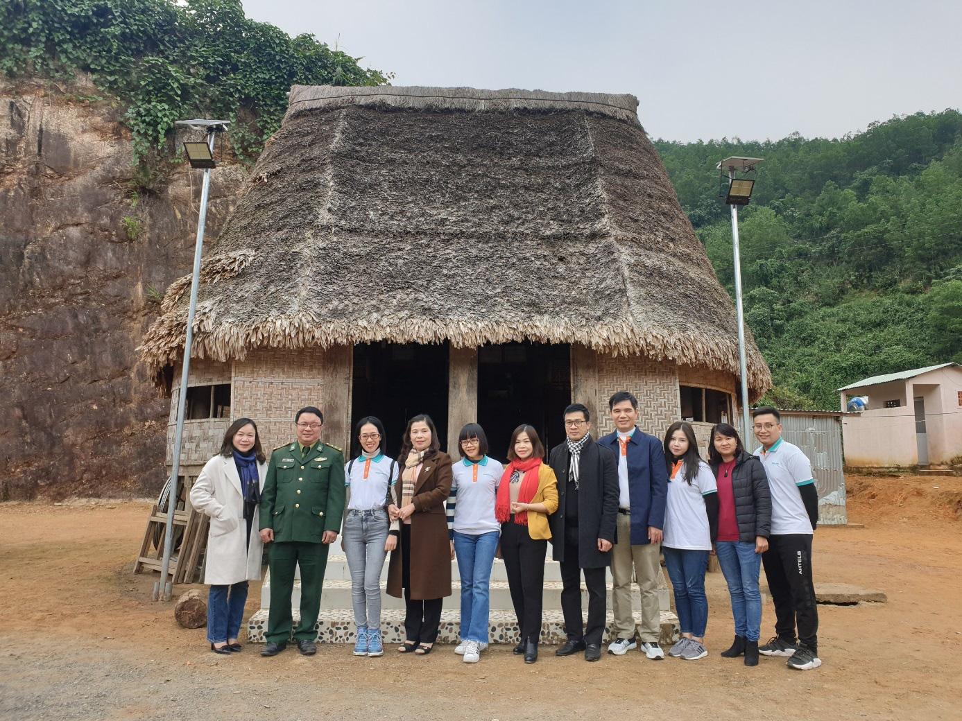 Trung tâm Truyền thông TN&MT, Bộ TN&MT thực hiện chương trình trồng cây góp quỹ một tỷ cây xanh cho Việt Nam - Ảnh 4.