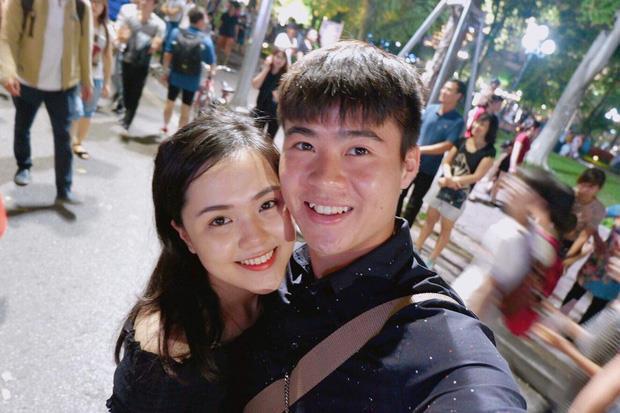 """Vũ Văn Thanh và những cầu thủ không ngại khoe """"ảnh nóng"""" bên bạn gái - Ảnh 5."""