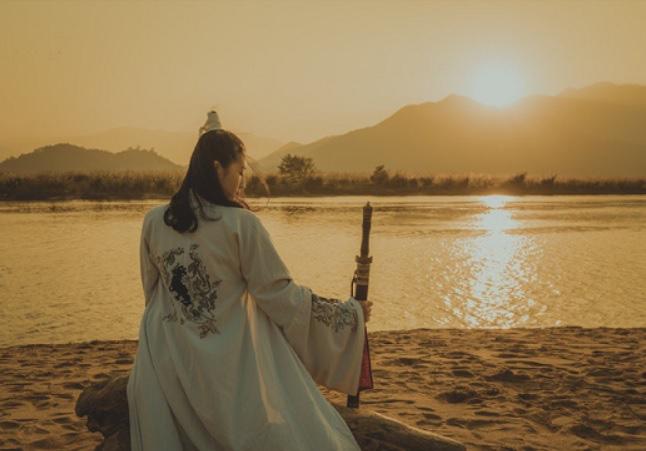 Ngoài Cửu Âm Chân Kinh, thời Quách Tĩnh vẫn còn bộ mật tịch khác ẩn giấu trong hoàng cung mà không ai biết - Ảnh 2.