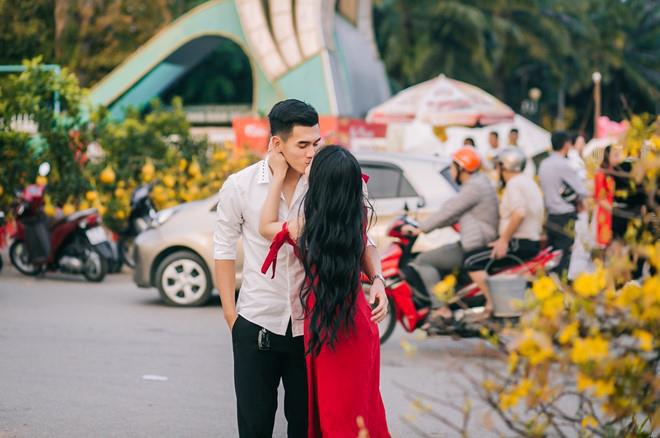 """Vũ Văn Thanh và những cầu thủ không ngại khoe """"ảnh nóng"""" bên bạn gái - Ảnh 9."""