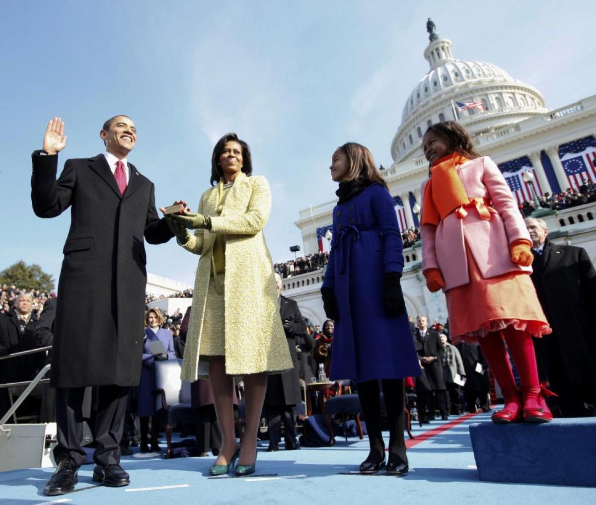 Nhìn lại những hình ảnh ấn tượng trong lễ nhậm chức của các Tổng thống Mỹ - Ảnh 23.