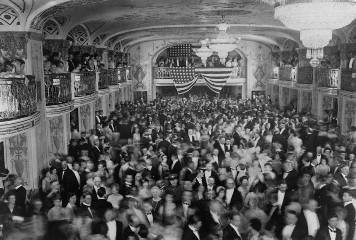 Nhìn lại những hình ảnh ấn tượng trong lễ nhậm chức của các Tổng thống Mỹ - Ảnh 13.