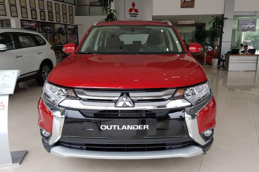 Mitsubishi Việt Nam triệu hồi Outlander và Xpander để kiểm tra và nâng cấp bơm xăng - Ảnh 1.