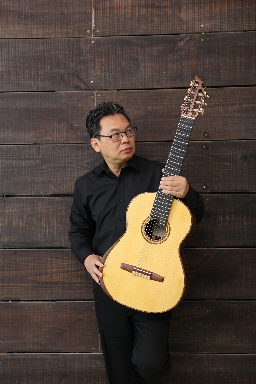 """Người """"Góp lá mùa xuân"""" tái ngộ khán giả mê guitar cổ điển - Ảnh 1."""
