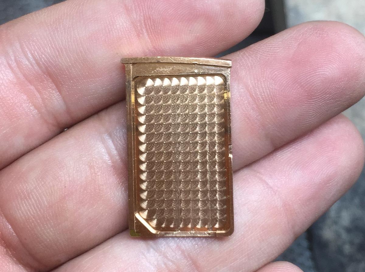 Cận cảnh chiếc điện thoại Vertu độ vàng, kim cương đỉnh cao - Ảnh 7.