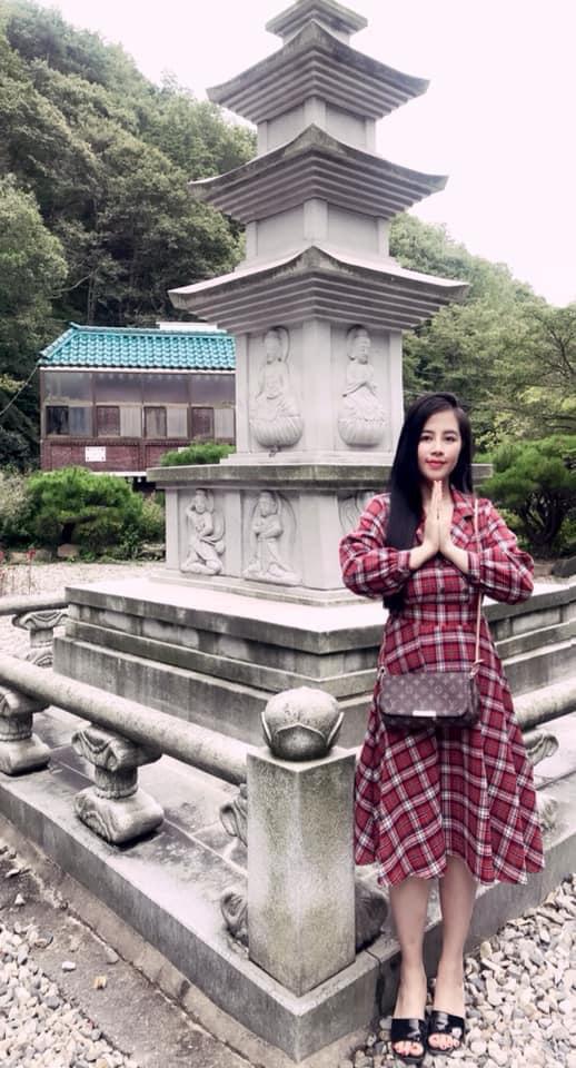 Hot girl Lee Jihye - cô gái vàng trong lĩnh vực làm đẹp - Ảnh 6.