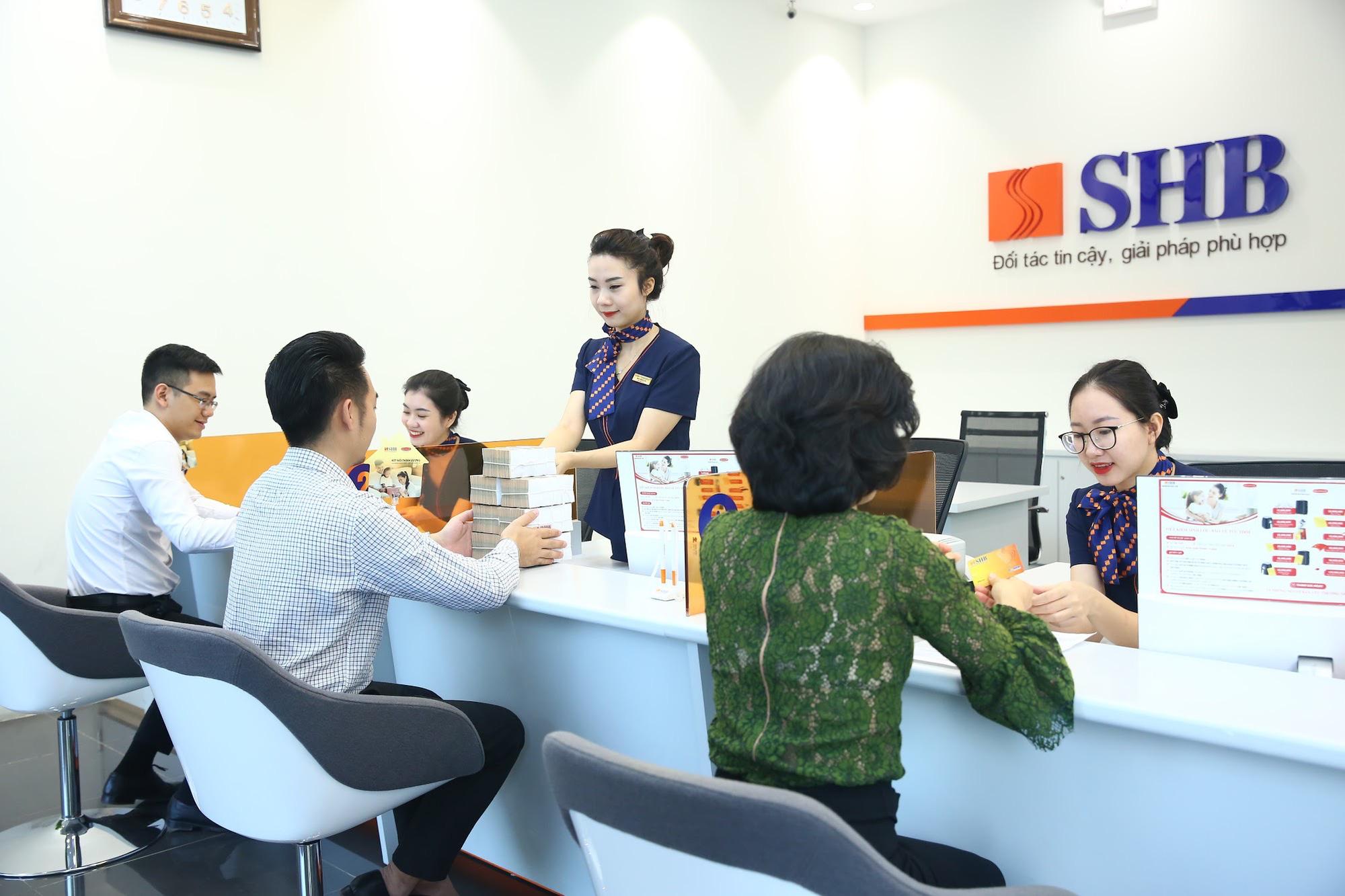 """""""SHB - Tân Sửu Tấn Lộc"""" tặng khách hàng 5 tỷ đồng khi tiết kiệm và ưu đãi lãi suất 5,85% khi vay - Ảnh 1."""
