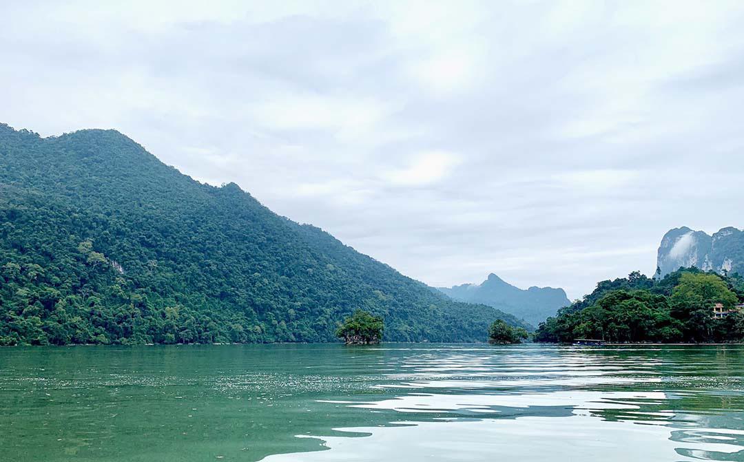 Top 8 địa điểm du lịch Tết với cảnh đẹp và hấp dẫn không thể bỏ qua - Ảnh 17.