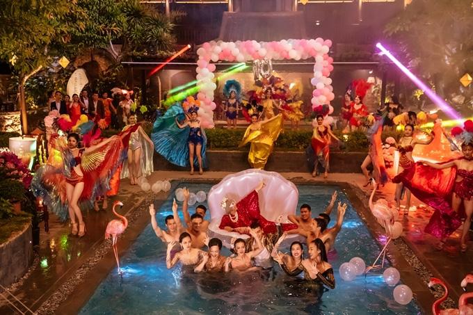 Top phim Việt chi tiền mạnh tay cho bối cảnh những năm gần đây - Ảnh 12.