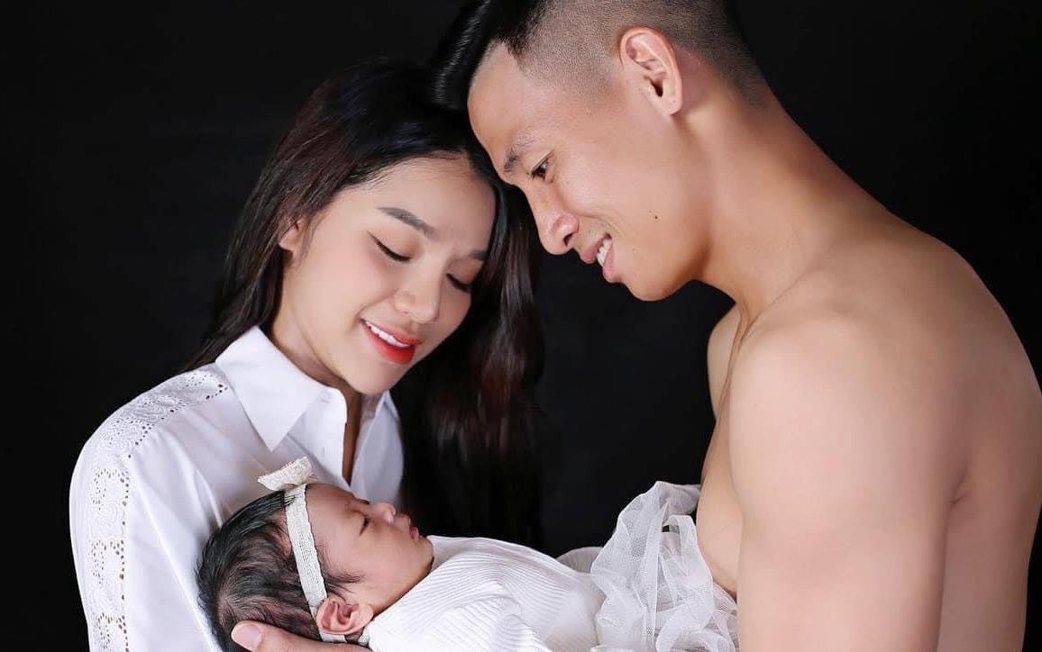 """7 nàng WAGs Việt Nam xinh đẹp, kiếm tiền """"đỉnh"""": Có người kiếm 1 năm 100 tỷ - Ảnh 2."""