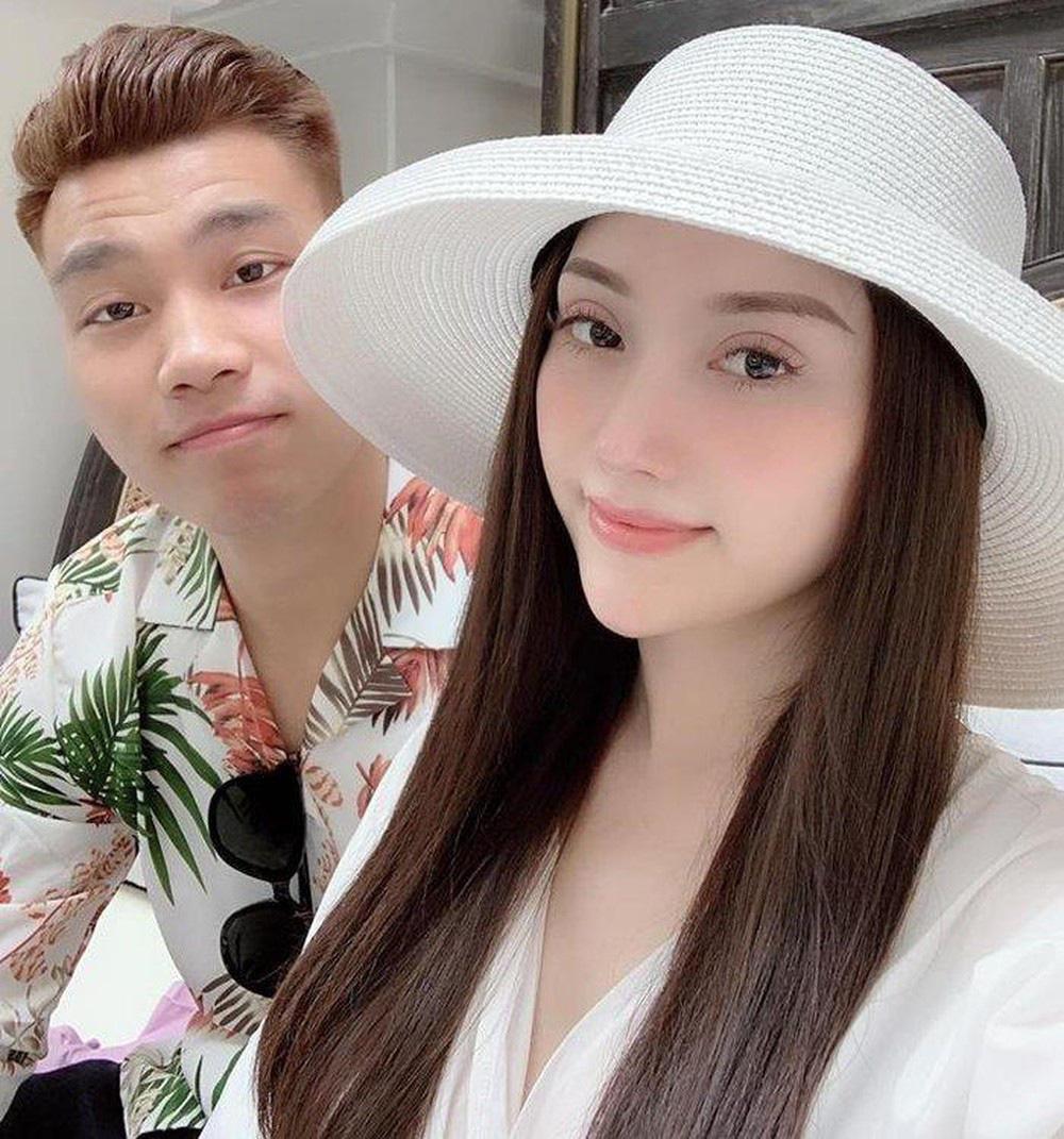 """7 nàng WAGs Việt Nam xinh đẹp, kiếm tiền """"đỉnh"""": Có người kiếm 1 năm 100 tỷ - Ảnh 4."""