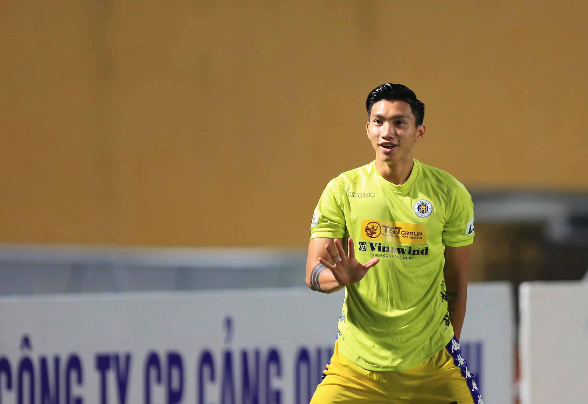 """Tái xuất V.League, tiền vệ hotboy Nhật Bản tuyên chiến """"Messi Việt Nam"""" - Ảnh 1."""