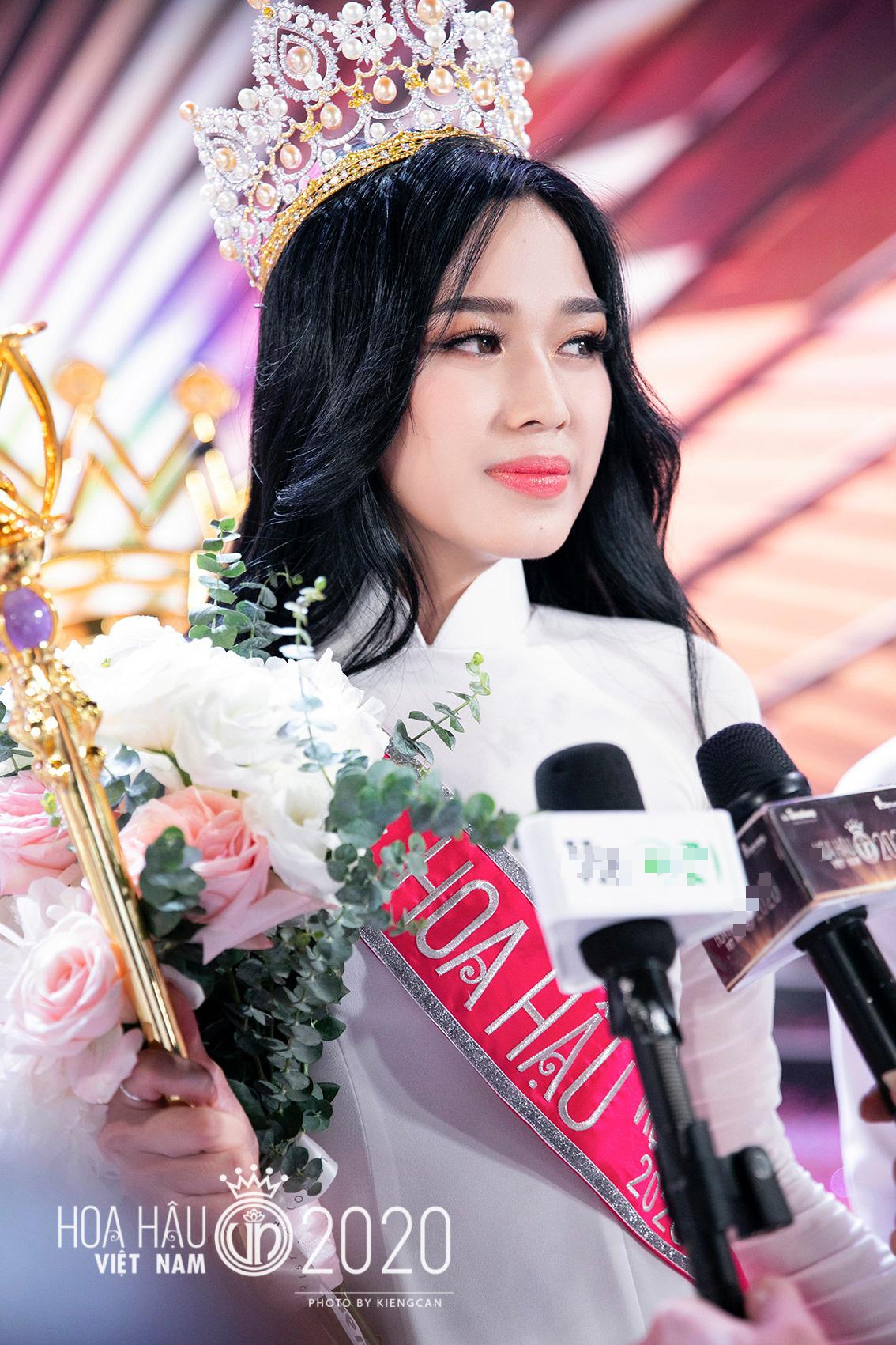 Hé lộ mong muốn của Hoa hậu Đỗ Thị Hà trong năm Tân Sửu 2021? - Ảnh 2.