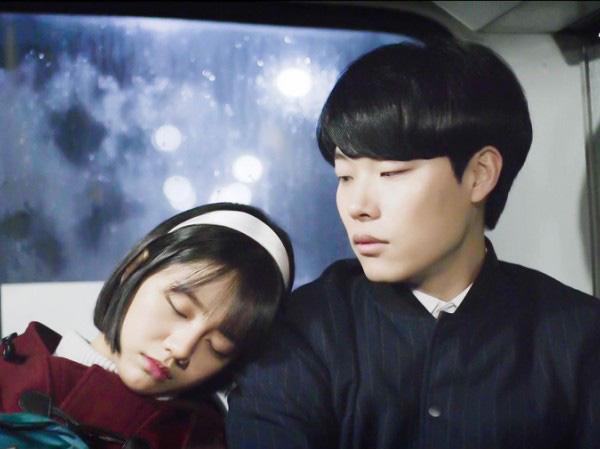 """3 sao nam Hàn Quốc ở 30 tuổi vẫn đóng vai nam sinh khiến fan nữ """"phát cuồng"""" - Ảnh 9."""