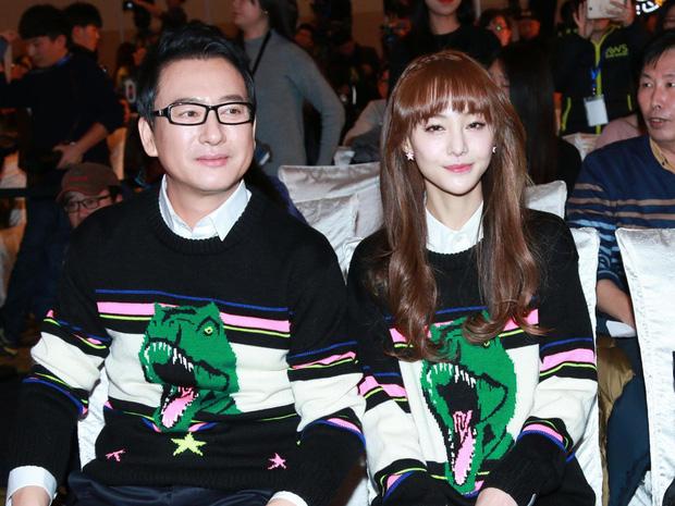 Bố ruột Trịnh Sảng hé lộ vì saoTiểu Hoa Đán cùng tình cũ Trương Hằng nhờ người đẻ thuê - Ảnh 2.